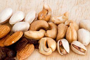mix of raisins almond nut cashew and pistachio breakfast hacks