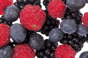 berries-breakfast-hacks